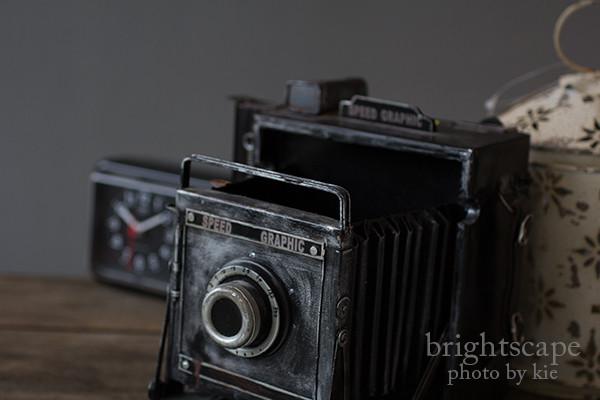古いカメラをかたどった雑貨